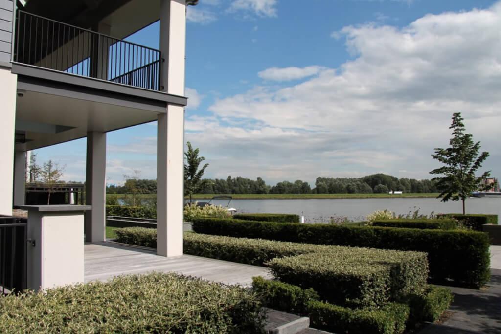 Grote Moderne Tuin : Moderne tuinen exclusieve tuinen